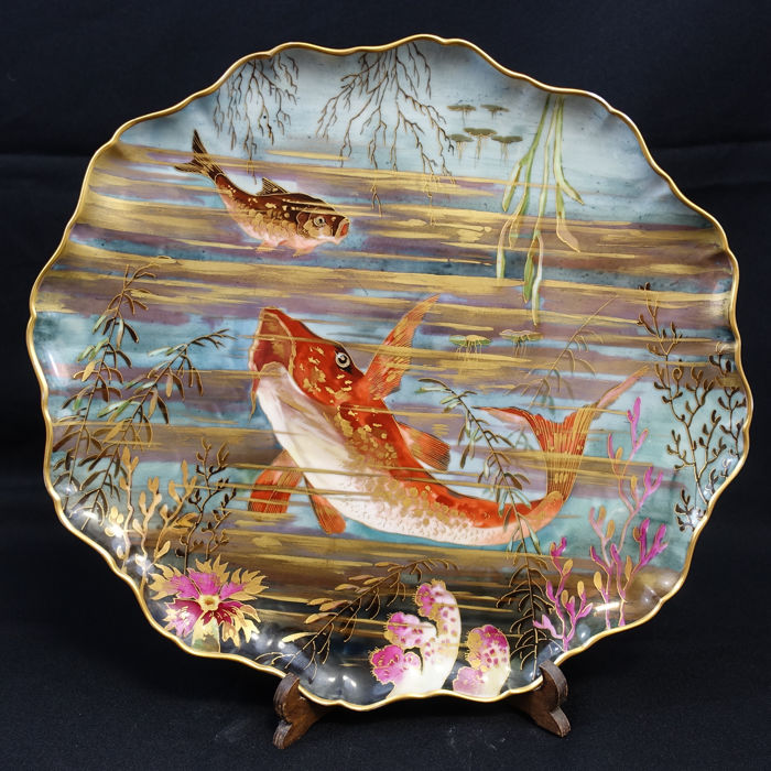 Fish tableware 12 plates and 1 dish in porcelain - Vermeren - Coché