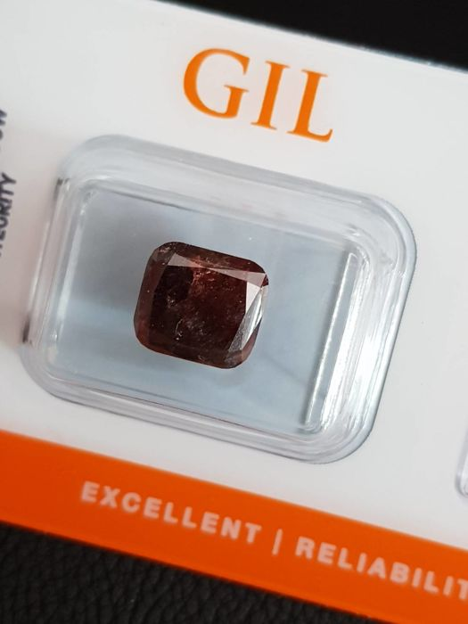 Diamond - 3.86 ct - Natural Fancy Dark Reddish Orange - Cushion Cut - I3 ( Low Reserve Price )