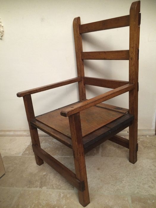 Antique wooden children's armchair - Catawiki