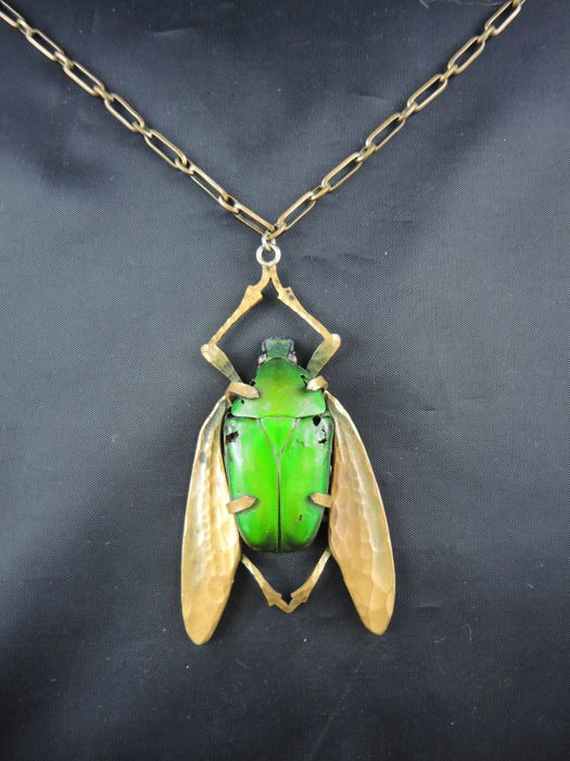 Art Nouveau necklace decorated with a genuine scarab, circa 1910