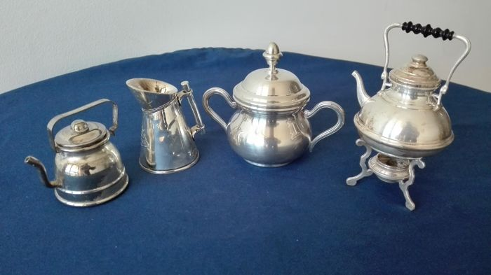 """Olri"" miniature items some in silver 800/925 and some Silver Plated"