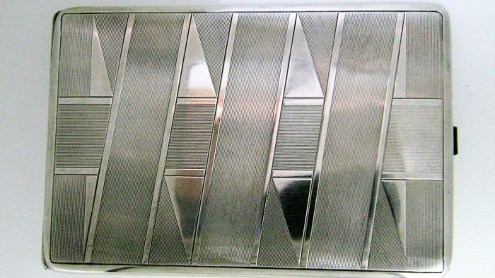 Cigarette case in .835 silver - 1920-1930 - 144.88 g