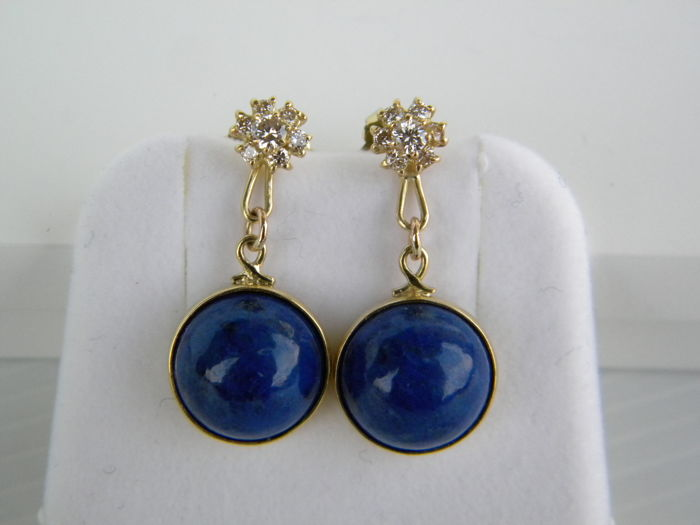 18 kt yellow gold earrings with natural diamonds for 0.30 ct and lapis lazuli. Dimensions: 2.80 x 1.28 cm