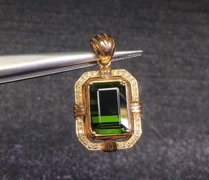 2.45 Carat Tourmaline Pendant In 18K Solid Rose Gold Diamond