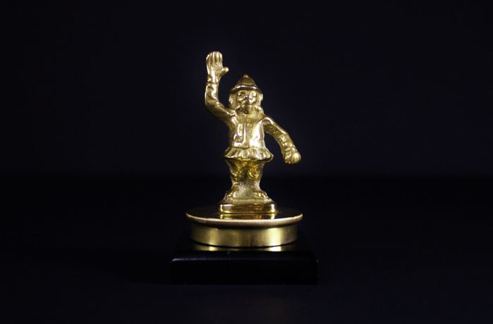 "Brass mascot ""Police monkey"", rare, mounted on a radiator cap - circa 1950"