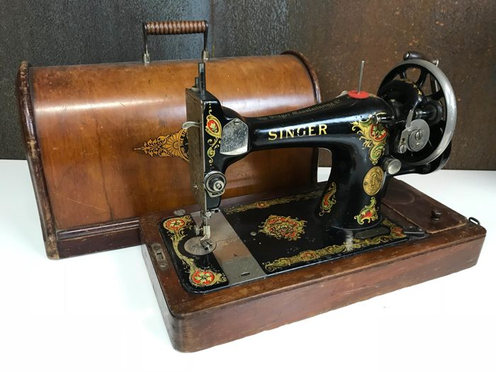Singer 40 K Sewing Machine With Wooden Dust Cover Marked 40 New 1910 Singer Sewing Machine For Sale