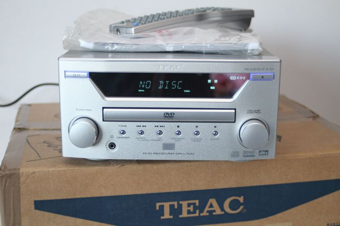 TEAC DR-L700 CD/DVD Receiver 5 1 channel + TEAC AL-700P 3