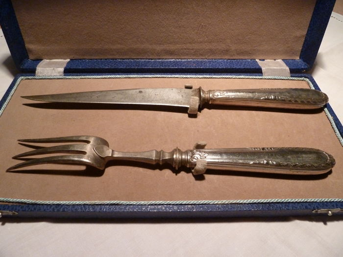 Stunning silver knife and fork serving set punched Minerva