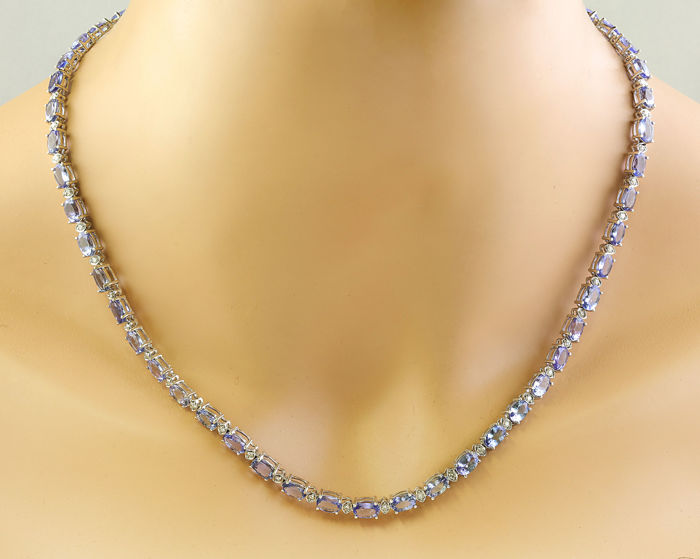 35.90 Carat Tanzanite and Diamond Necklace in 14K White Gold *** Free Shipping *** No Reserve ***