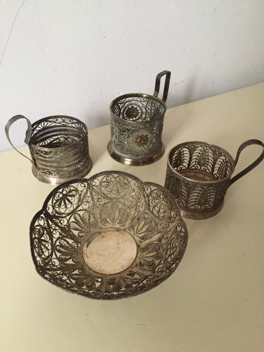 Set silver-plated: 3 tea glass holder and candy bowl made of filigree metal silver-plated - old Russia 19. century