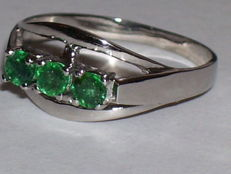 White gold ring with 3 emeralds