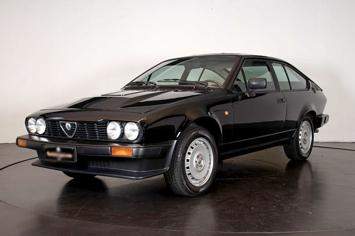alfa romeo gtv6 1982 catawiki. Black Bedroom Furniture Sets. Home Design Ideas
