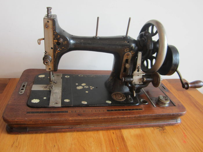 Original Victoria Sewing Machine Catawiki Gorgeous Original Sewing Machine
