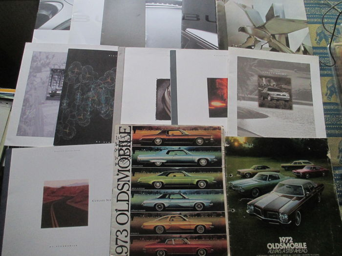 Car brochures (Buick/Oldsmobile, 14x, 1972-2007)
