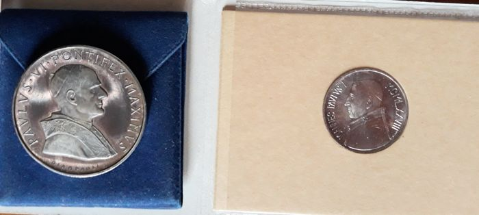 Vatican, 1973-1975 - Divisional series and coins from the