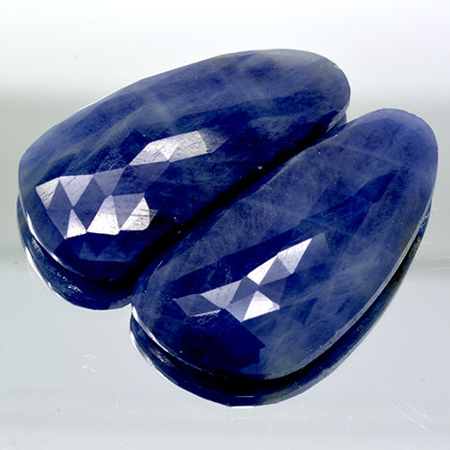 Two blue sapphires - 47.98 ct - No Reserve Price