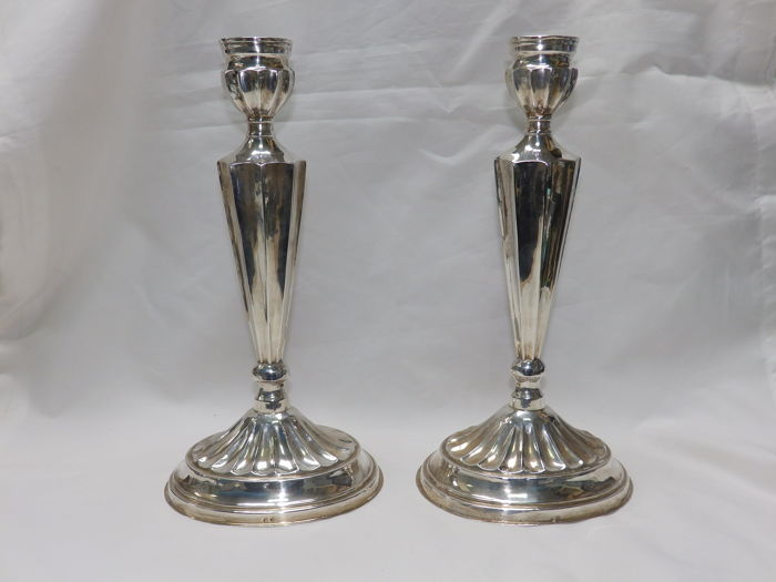 Pair of silver candlesticks - Spain - 20th century