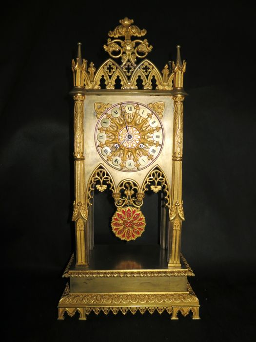 Neo-gothic cathedral clock - Ormolu bronze - 19th century France