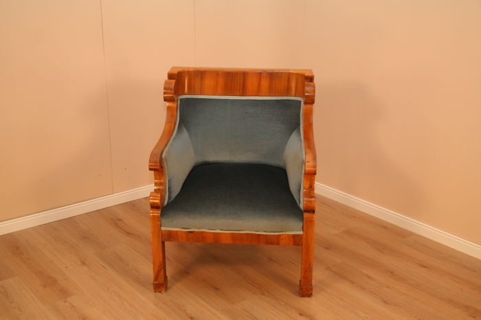 A Biedermeier walnut Bergere chair, ca. 1830
