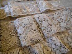 Antique laces