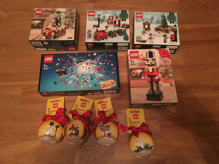 Kerst - 40223 + 40253 + 40254 + 40262 + 40263 + 4 kerstballen - o.a. Snowglobe + Nutcracker + Christmas Train Ride + Town Square