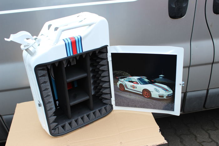 MARTINI PORSCHE  - Jerrycan - White Canister Bar