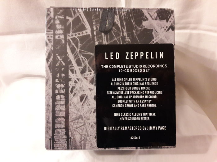 Led Zeppelin: The Complete Studio Recordings 10-CD Boxed Set (168)