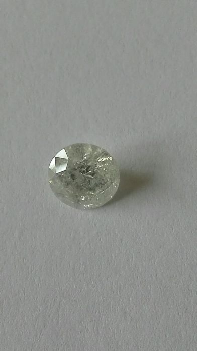 Very lovely diamond of 1.57 ct colour G purity SI3