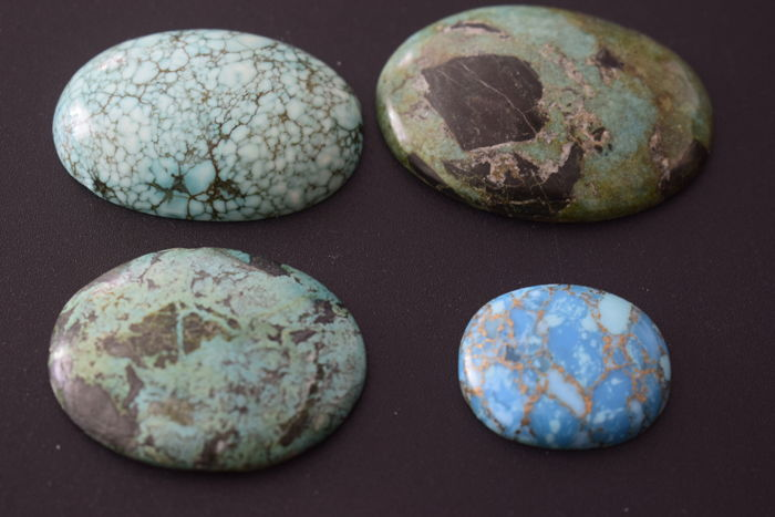 Batch of Natural Turquoise Cabochon 360 ct./ 72 g tot.