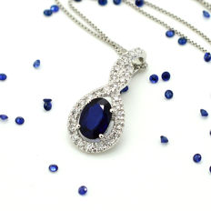Gold necklace and pendant with sapphire and brilliant cut diamonds totalling 1.03 ct *No reserve*