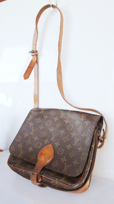 d71a242ee1a Louis Vuitton - Cartouchiere GM Crossbody bag - Vintage - Catawiki