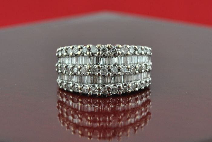 Baguette & Round cut Diamond Ring with Total +/-3.00CT set on 14k White Gold - E.U Size 52 *Re-sizable