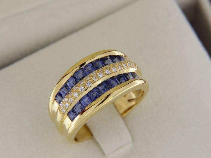 18 kt yellow gold ring - sapphires - diamonds – Size: 53 -
