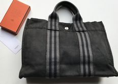Hermés Paris Tote hand bag - second hand in good condition