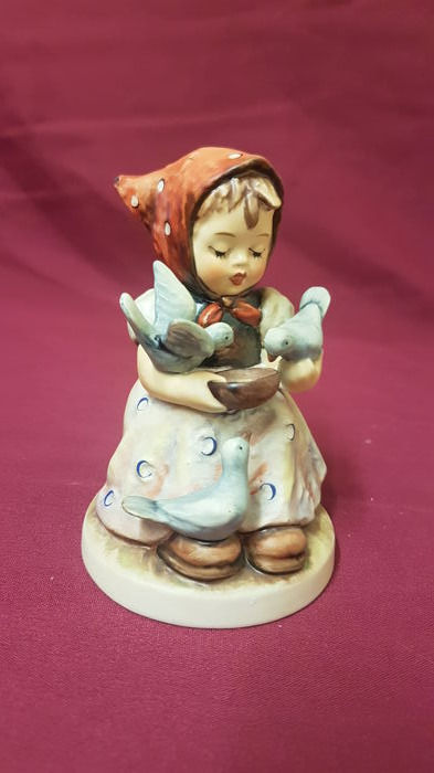Large M.I. Hummel Figure by Goebel Cinderella