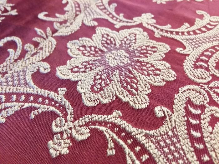 Florence - Regal silk blend and Damask fabric red and silver double bedspread - never used