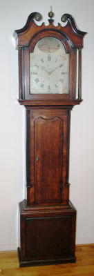 English longcase clock with a painted dial - Period approx. 1800