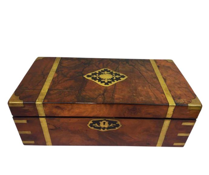 """Victorian walnut """"writing slope""""/ writing box with brass fittings and inlay - England - Ca. 1880"""