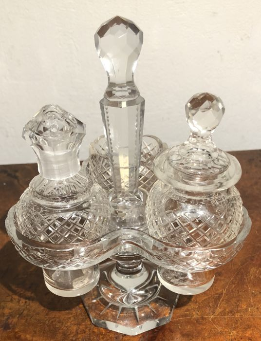 Crystal table set