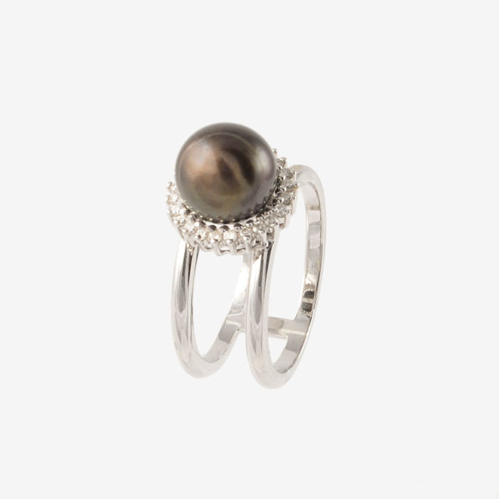 Ring in 18 kt white gold - Weight: 11.2 g,