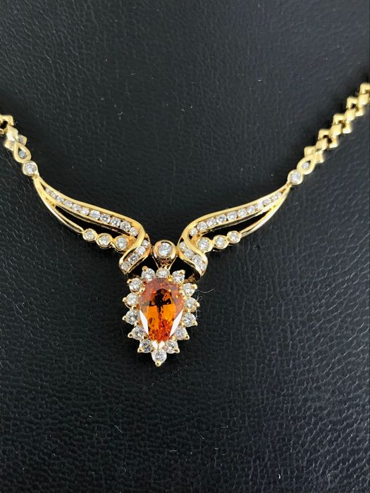 Citrine pear shape and diamond 18k necklace 40cm