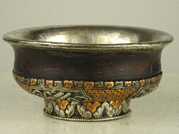Tea bowl made of wood, copper and silver - Tibet - early 20th century
