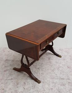 Mahogany wood living room / lop table with inlays and drawers, second half of the 20th century