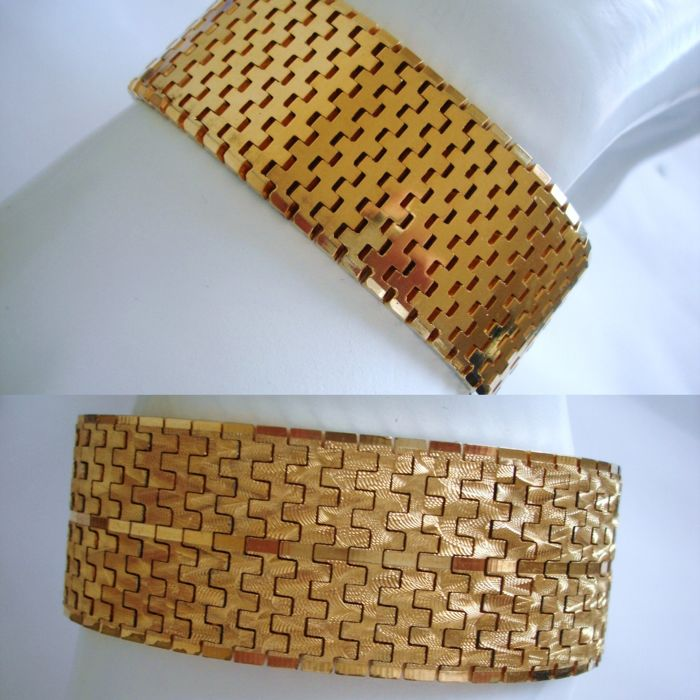 Vintage (1970s) - 2 in 1 - 18CT marked, YGP Massive and Wide Flexible Reversible Unisex Bracelet - NO Reserve