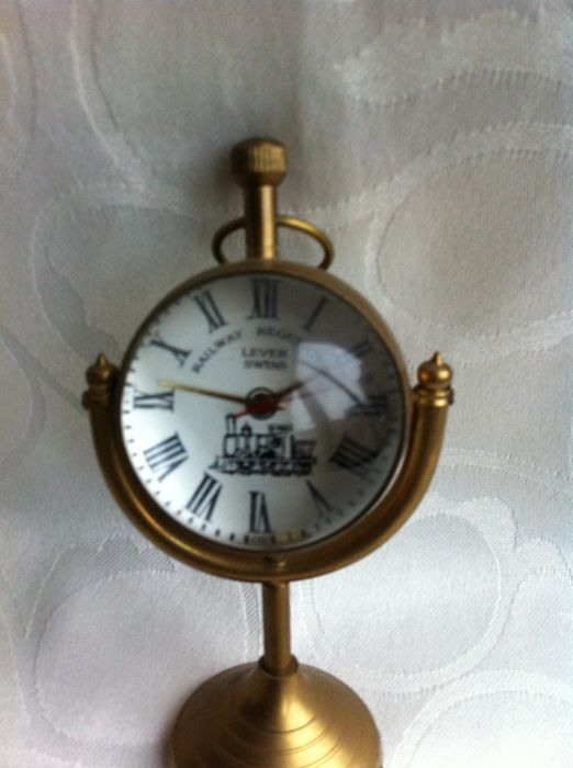 Desk/Table clock - Lever Swiss