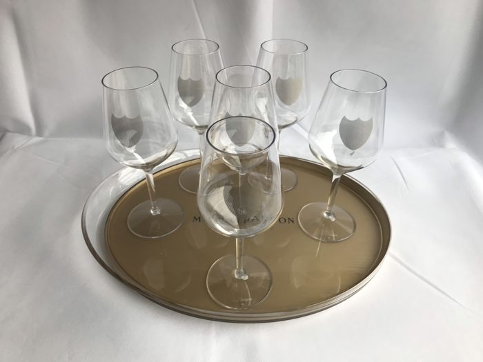 Dom Perignon acrylic glasses with the golden shield logo - Set of 6 glasses And Moet Chandon tray