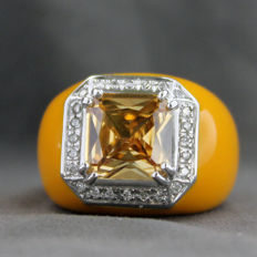 750/1000 yellow gold ring, enamelled with diamonds and citrine quartz