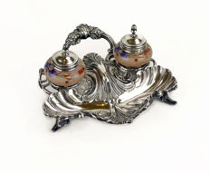 Silver desk with opaline inkwell decorated by hand - England, 19th century