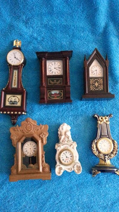 6 Franklin Mint miniature clocks with certificate of authenticity