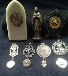 Medals & Virgin Mary - 20th century. Spain, France